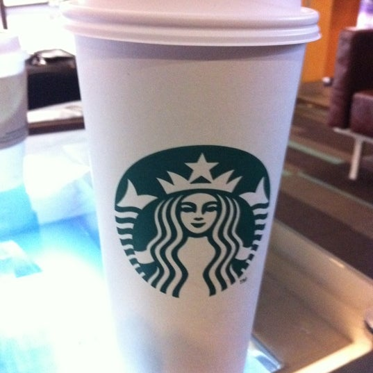 Photo taken at Starbucks by Adrián E. on 3/24/2012