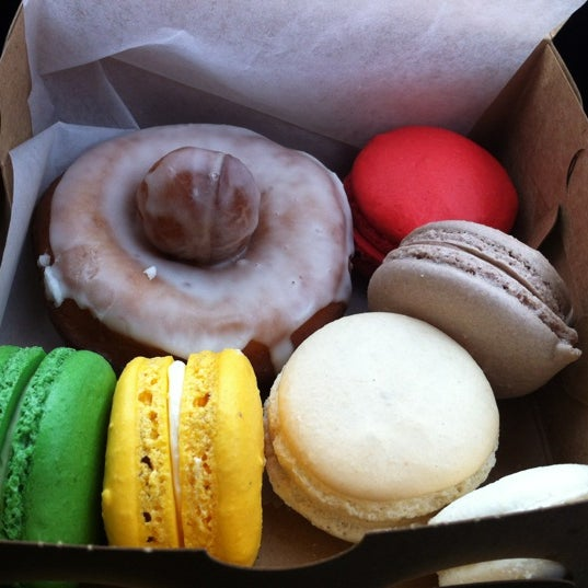 Photo taken at Fritz Pastry by Magdalena S. on 12/15/2011