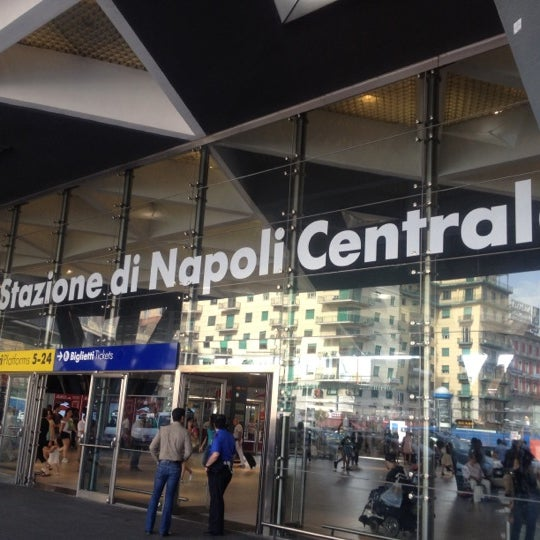 Photo taken at Napoli Centrale Railway Station (INP) by santa n. on 7/12/2012