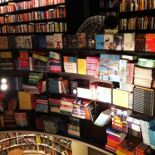Photo taken at Livraria da Vila by Tarsys P. on 6/16/2012