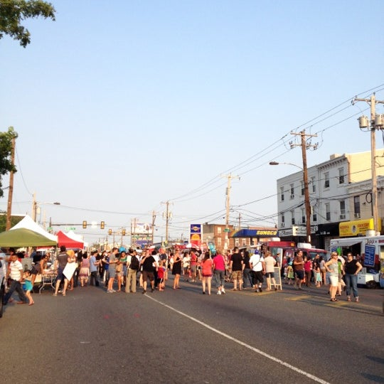 Photo taken at Night Market Washington Avenue by Jennifer T. on 6/28/2012
