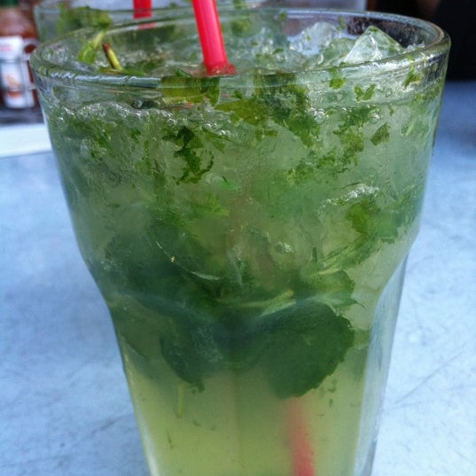 Get the ginger mojito! They use tons of fresh mint.