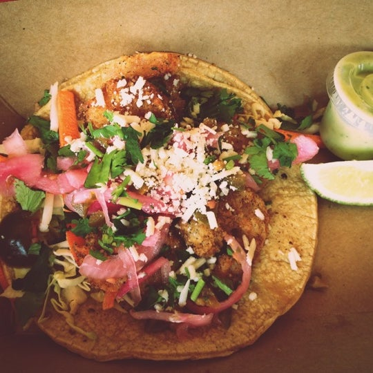 Photo taken at Torchy's Tacos by Sharon on 6/9/2012