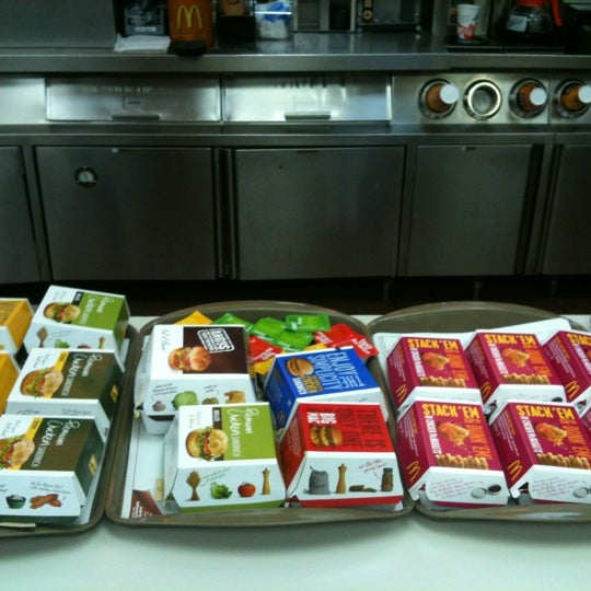 Photo taken at McDonald's by Wada M. on 2/13/2012