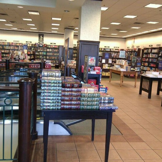 Barnes & Noble - Bookstore in Towson