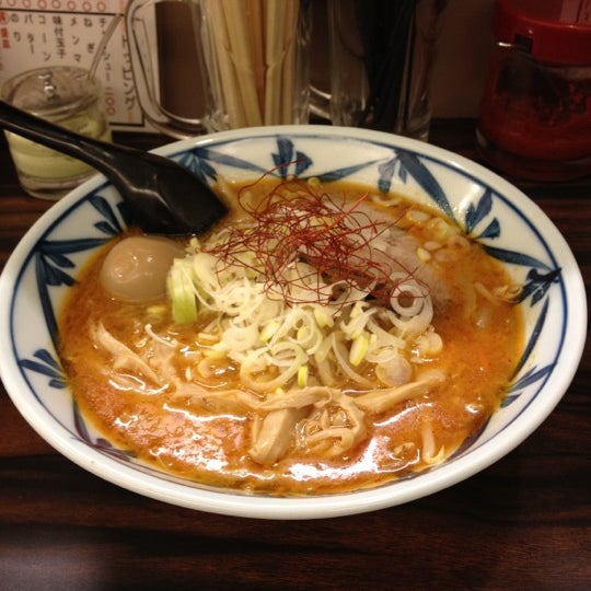 Photo taken at 味噌や 元住吉店 by Makiko H. on 11/9/2011