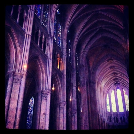 Photo taken at Cathédrale Notre-Dame de Chartres by Julia A. on 9/9/2012
