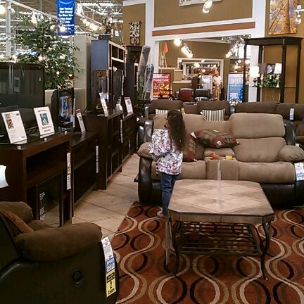 American Furniture Warehouse 8 tips from 532 visitors