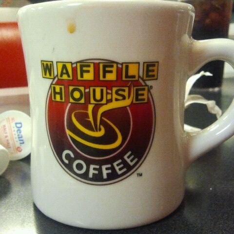 Photo taken at Waffle House by Larry P. on 1/1/2012