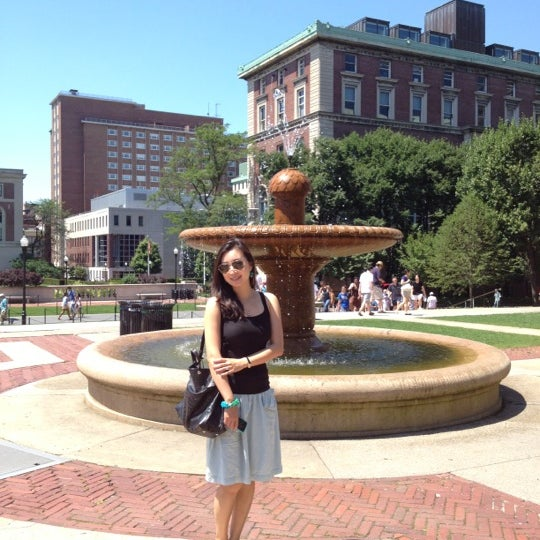 Photo taken at South Lawn Columbia University by Ramon G. on 6/23/2012