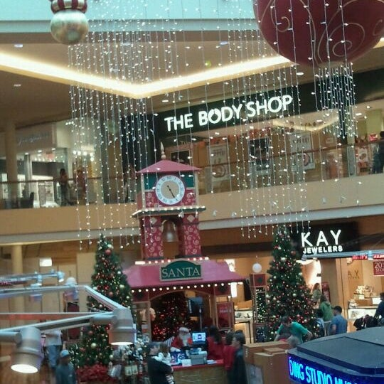 Photo taken at CoolSprings Galleria by Macie A. on 11/19/2011