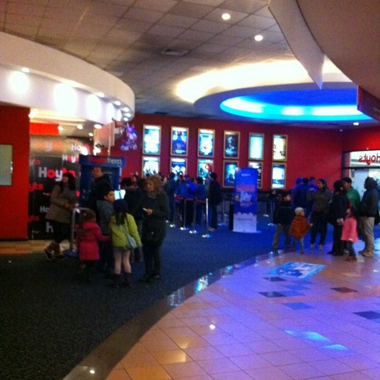 Photo taken at Cine Hoyts by Andrea G. on 7/11/2012