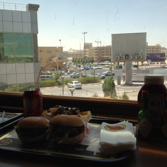Photo taken at Fatburger by NOOR on 6/25/2012