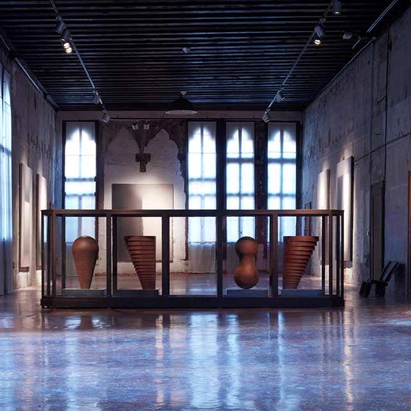 Photo taken at Accademia delle Belle Arti by ARTEFIERA on 1/20/2012