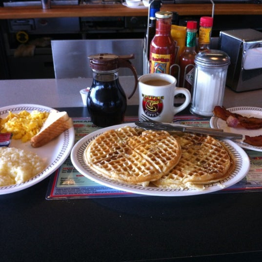 Photo taken at Waffle House by Paige on 6/17/2012