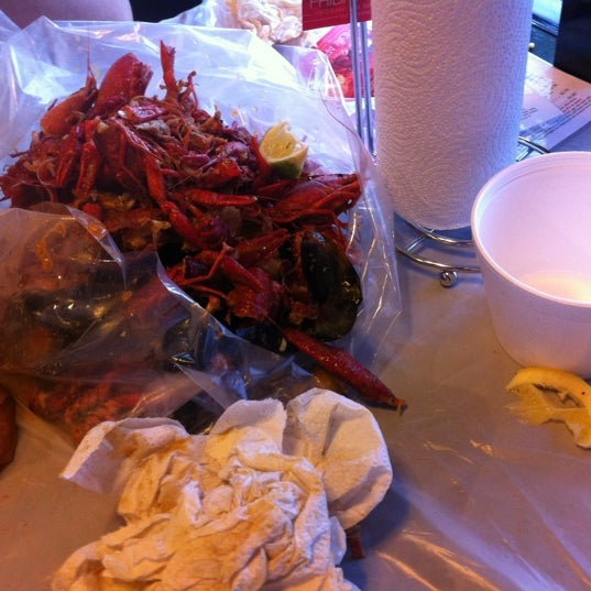 Photo taken at Hot N Juicy Crawfish by Shawn S. on 4/6/2012