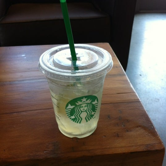 Photo taken at Starbucks by Celino D. on 9/1/2012