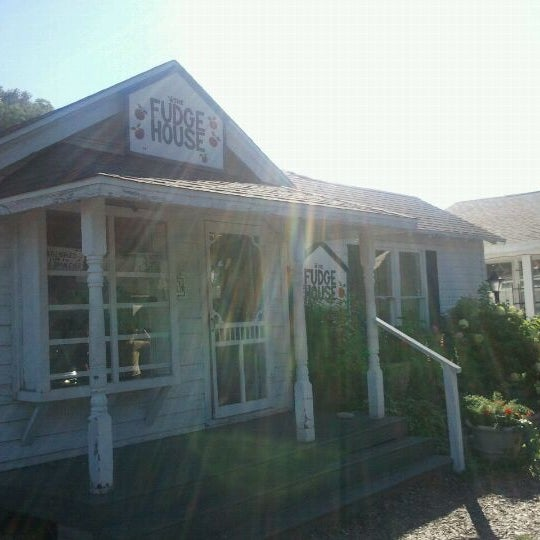The fudge house fish creek wi for Aaa fish house
