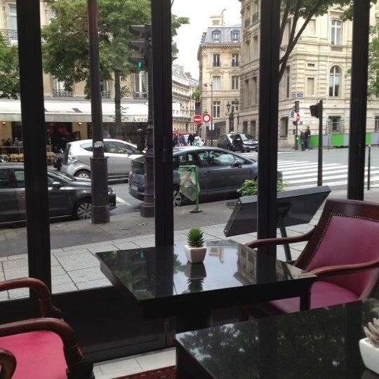 Caf lat ral restaurante franc s en paris for Restaurante frances