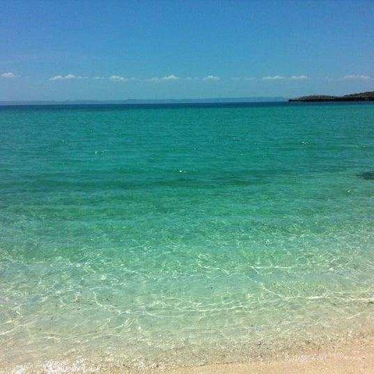 Photo taken at Playa Pichilingue by Sasqüis .. on 8/10/2012