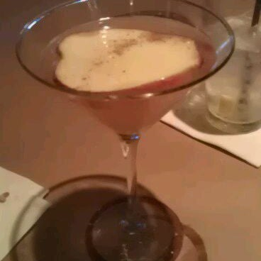 Photo taken at Bonefish Grill by Laura N. on 9/25/2011
