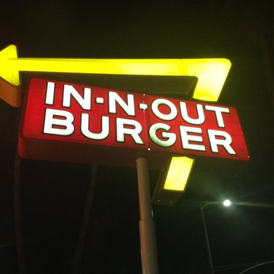 Photo taken at In-N-Out Burger by Brittney B. on 9/3/2012