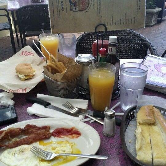 Sergio 39 s bird road cuban restaurant in miami - Cuban cuisine in miami ...