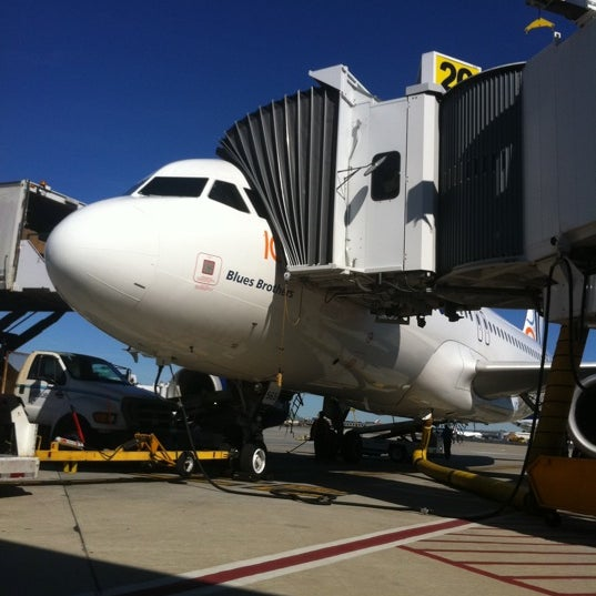 Photo taken at Gate 20 by Silvestre R. on 9/16/2011