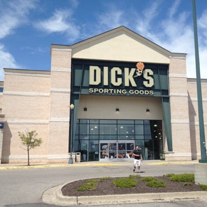 Photo taken at Dick's Sporting Goods by Katie on 7/28/2012