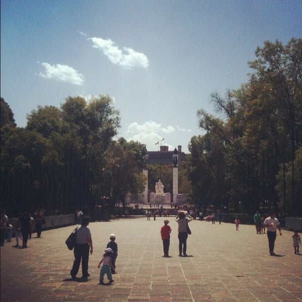 Photo taken at Bosque de Chapultepec by Nino K. on 4/3/2012
