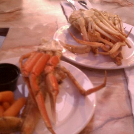 Photo taken at Phillips Seafood by Marie M. on 5/17/2012