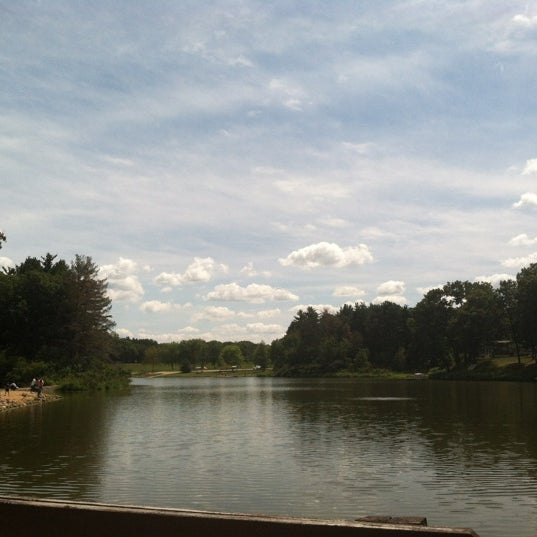 Photo taken at Woodhaven Lakes by ⓐⓡⓘ✌☠ ™. on 8/18/2012