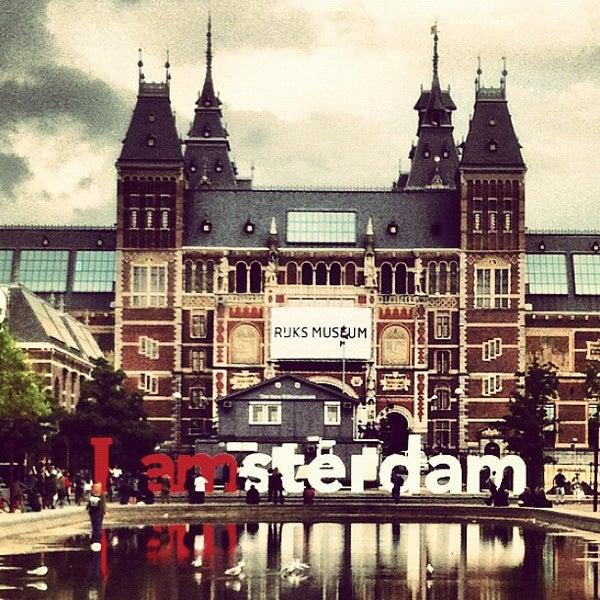 museumplein plaza in amsterdam. Black Bedroom Furniture Sets. Home Design Ideas