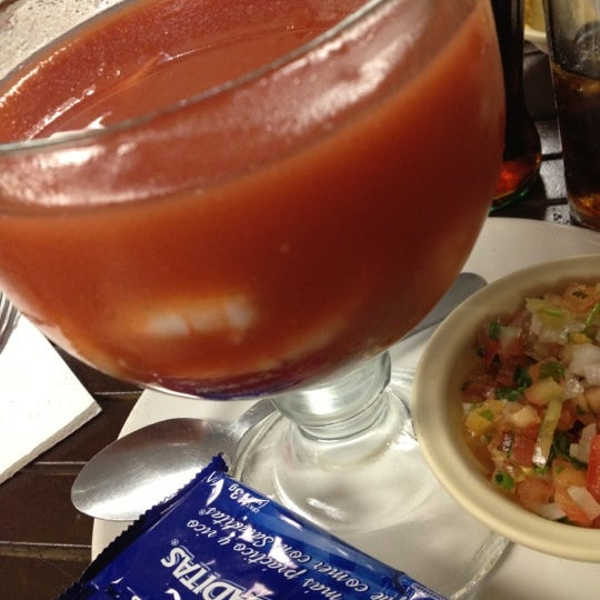 Photo taken at Mariscos Willys by Jorge P. on 8/17/2012