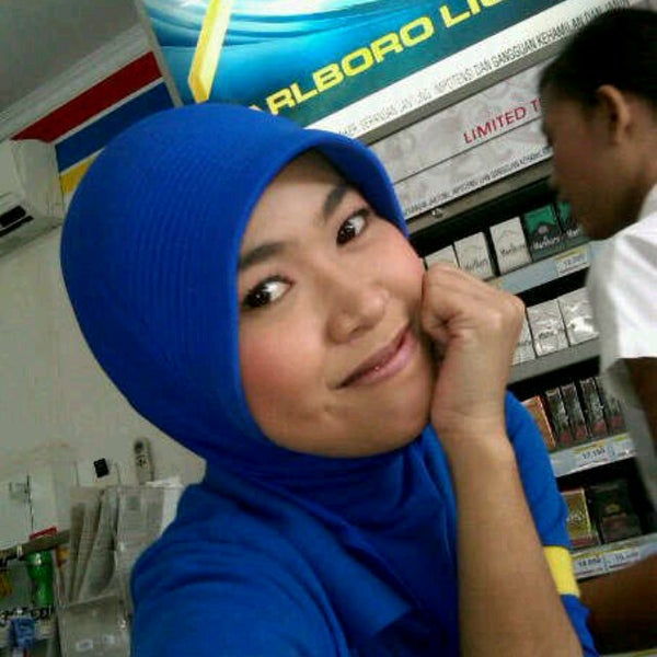 Photo taken at Indomaret by Andi S. on 8/7/2012