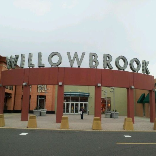 Willowbrook Mall - 1400 Willowbrook Mall