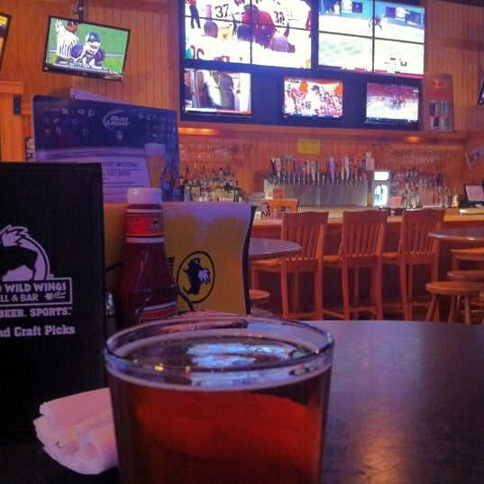 Photo taken at Buffalo Wild Wings by Erik H. on 8/25/2012