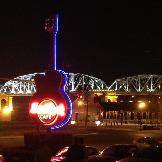 Photo taken at Hard Rock Cafe Nashville by jennifer g. on 3/7/2012