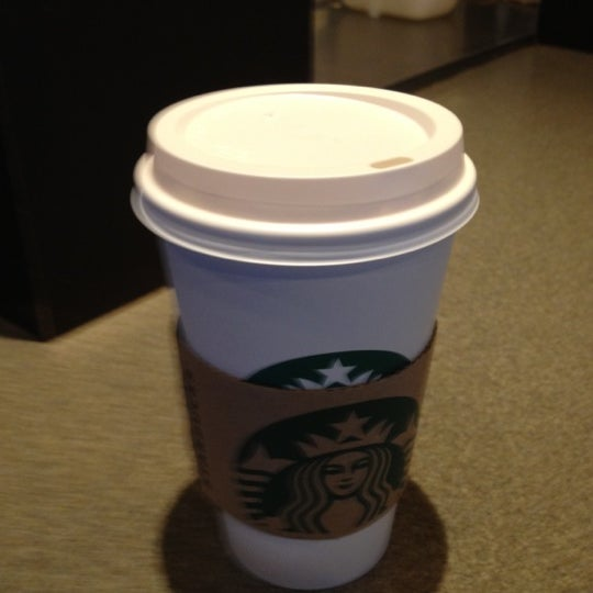 Photo taken at Starbucks by Chaiya Z. on 2/17/2012