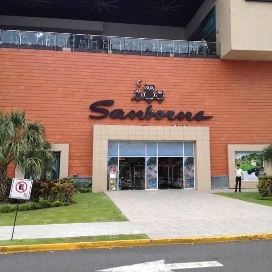Sanborns gran tienda en panam for Sanborns azulejos horario