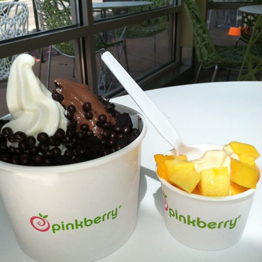 Photo taken at Pinkberry by Claire on 7/28/2012