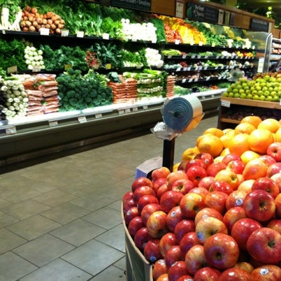 Photo taken at Whole Foods Market by /\ㅌ¥J T. on 8/13/2012