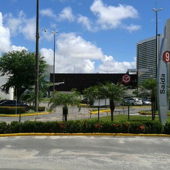 Photo taken at Shopping Recife by Ronaldo M. on 8/18/2012