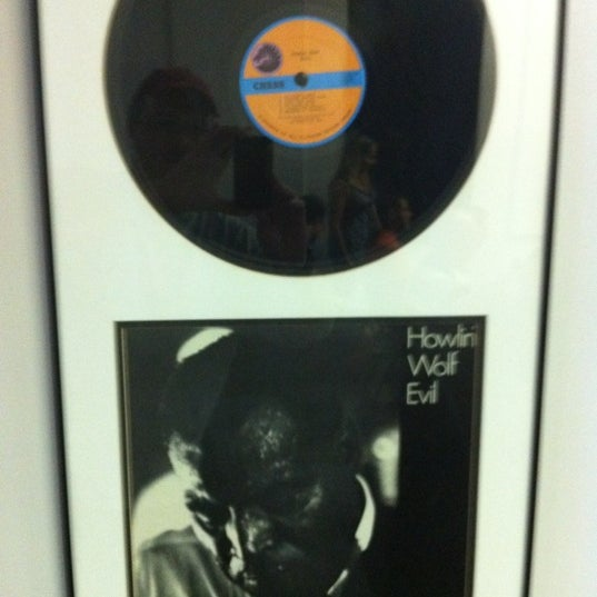 Photo taken at Willie Dixon's Blues Heaven Foundation, Historic Site of Chess Records by Will S. on 7/13/2012