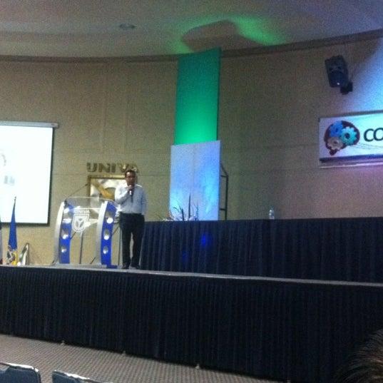 Photo taken at Universidad del Valle de Atemajac (UNIVA) by Rene C. on 4/26/2012