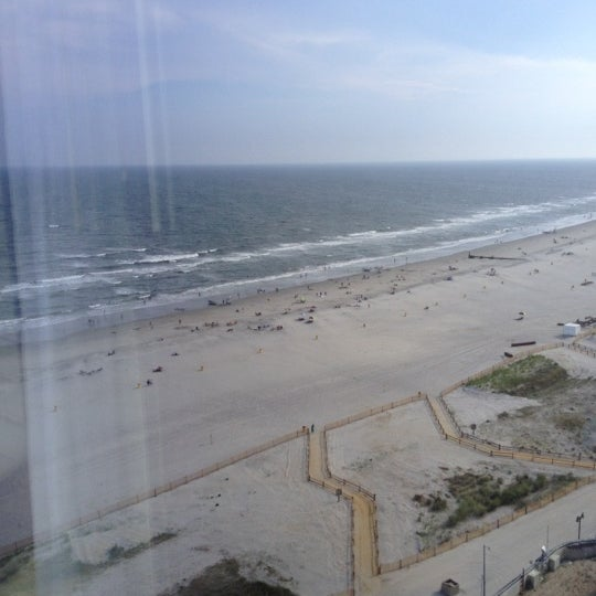 Photo taken at Atlantic Club Casino Hotel by Jahi G. on 8/3/2012