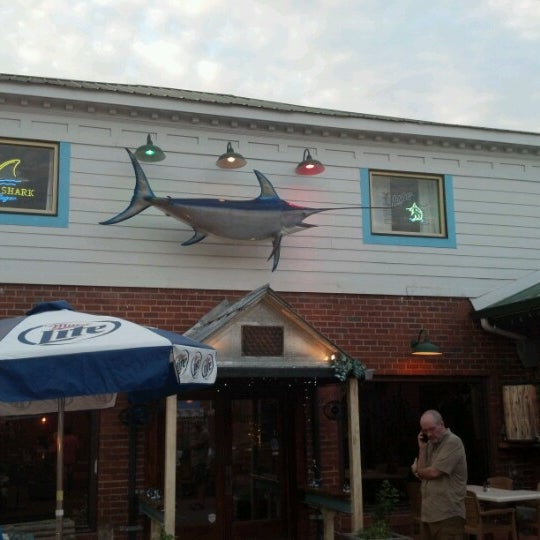 Square one fish co seafood restaurant in athens for One fish two fish restaurant