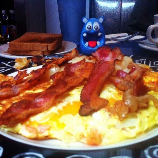 Photo taken at Skylight Diner by NOM NOM Boris on 2/17/2012