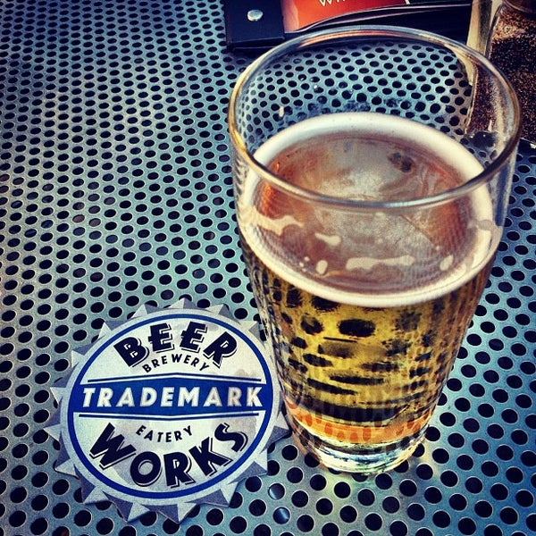 Photo taken at Boston Beer Works by Mervin M. on 9/3/2012