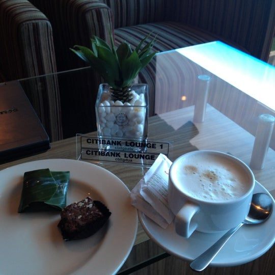 Photo taken at Citibank Lounge by pumdt1 on 3/3/2012